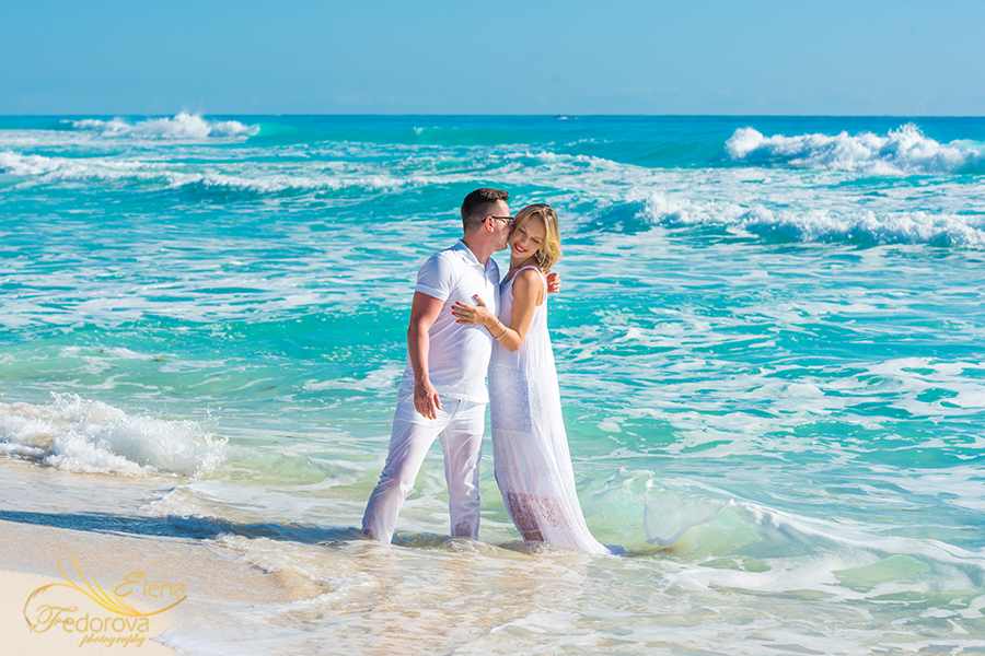 engagement love story in cancun
