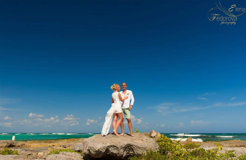 riviera maya wedding couple