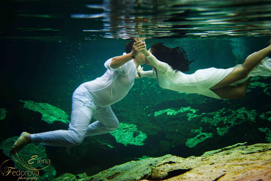 underwater photos kiss