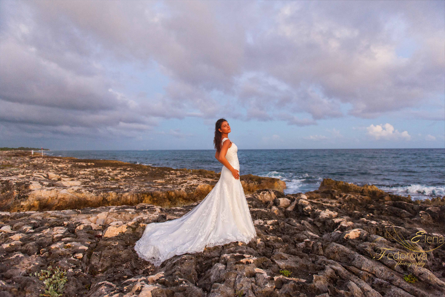 bride hard rock riviera maya