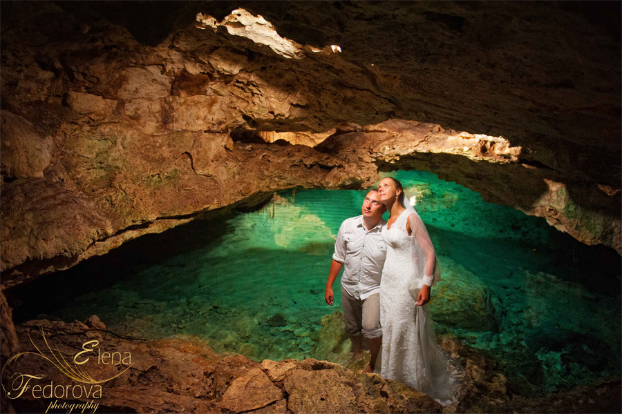 riviera maya honeymoon photo session cenote