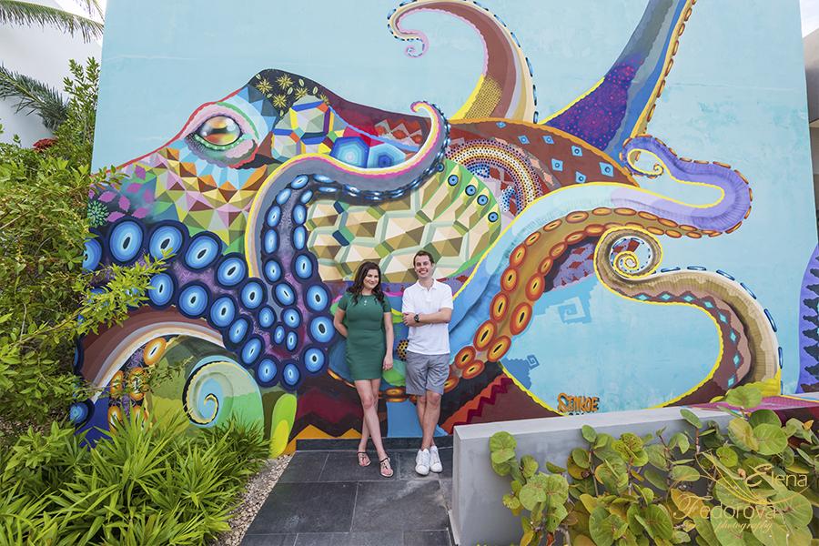 celebrating hoenymoon in cancun