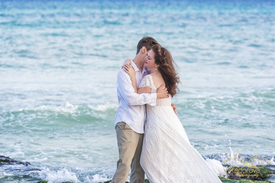 hugs and kisses honeymoon