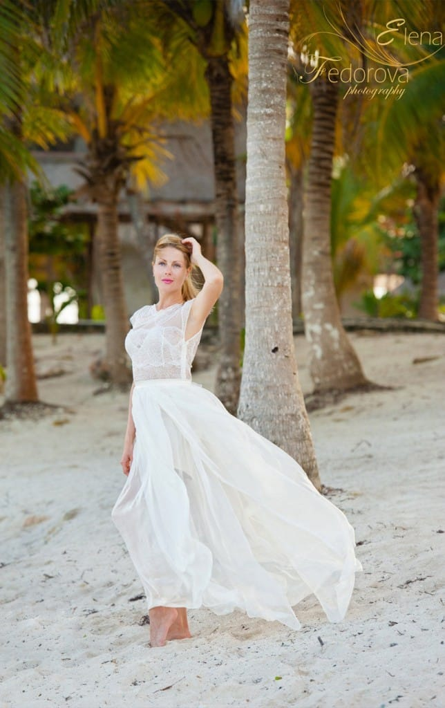 portrait-of-the-bride-on-the-beach