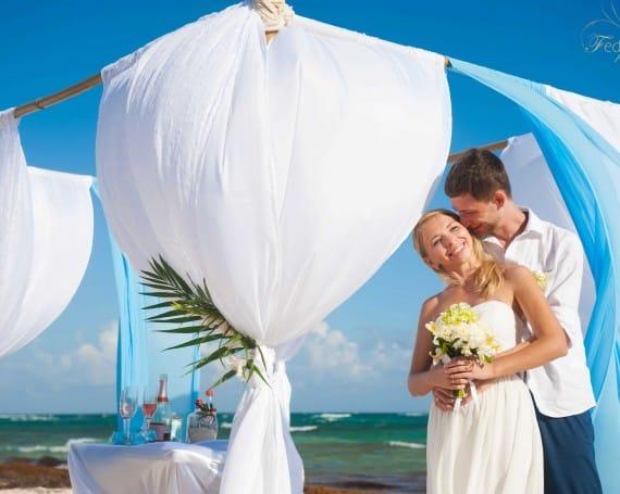Mayan Riviera wedding photographer.