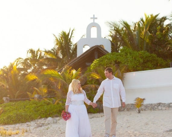 Wedding photographer Playa del Carmen Mexico.