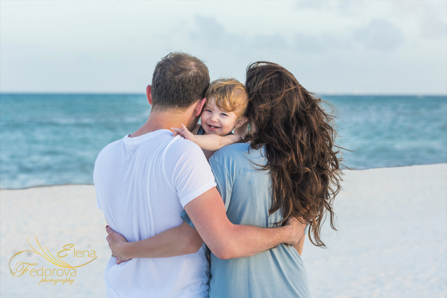 cancun family photographer best elena