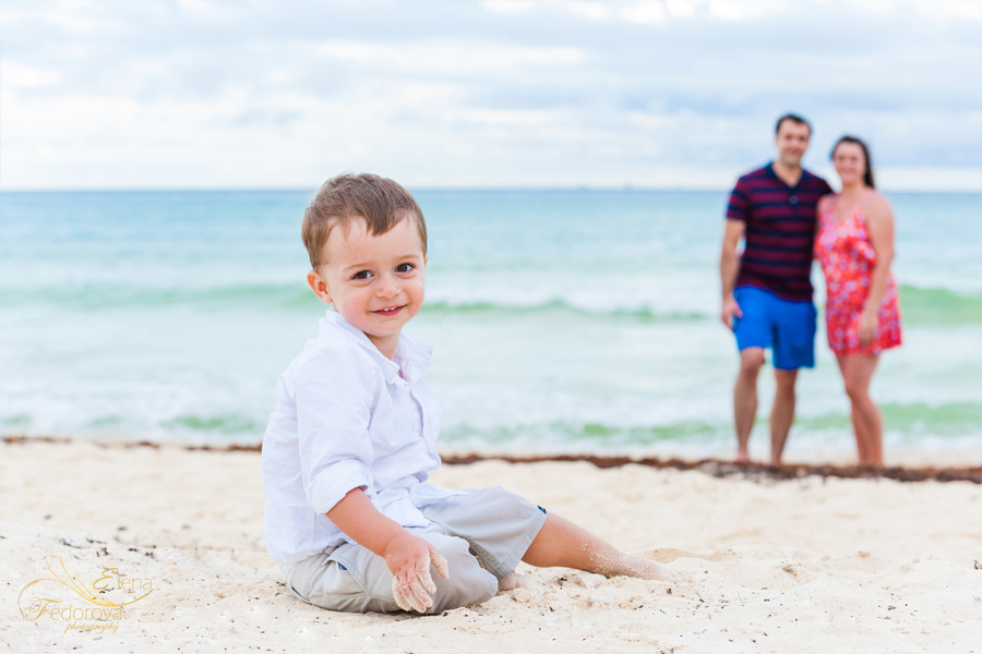 cancun mexico family photographer