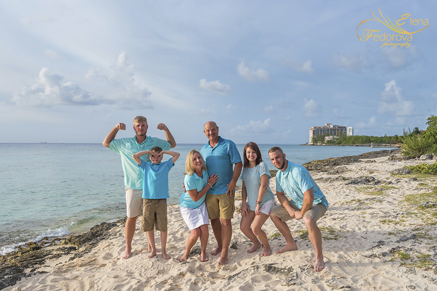 fun cancun family photographer