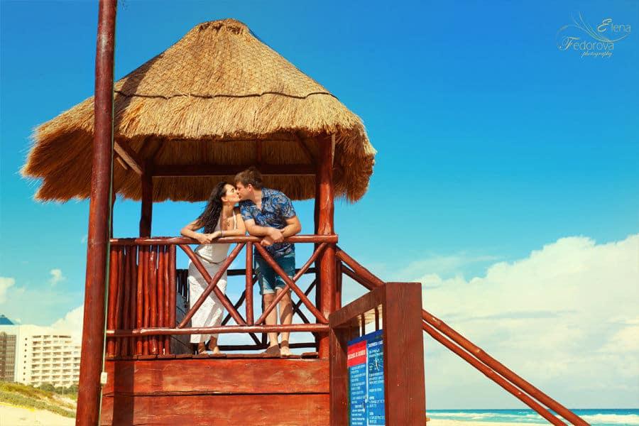 kiss in cancun