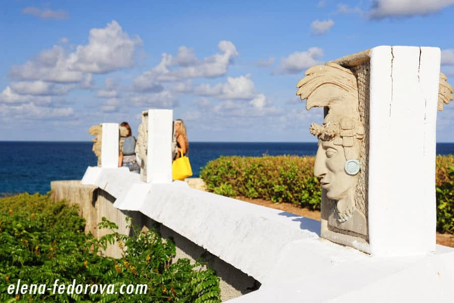 monument in isla mujeres