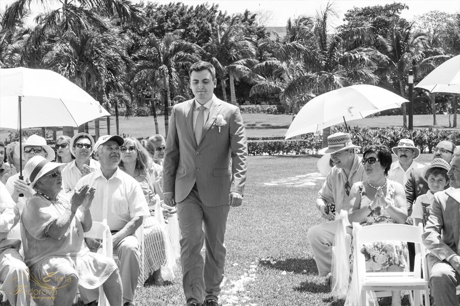 groom before wedding ceremony