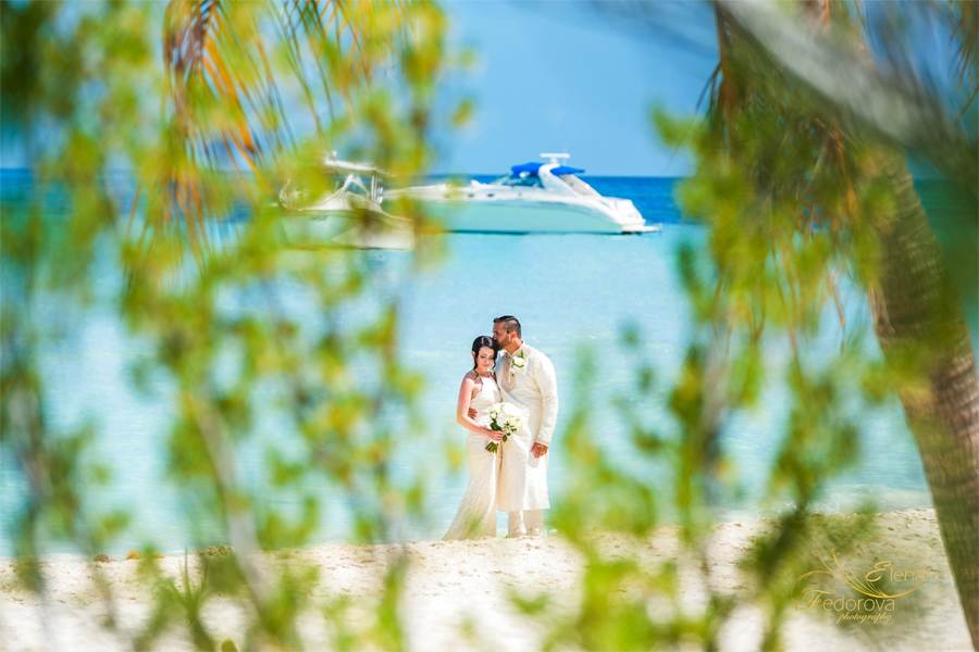 isla mujeres wedding photographer