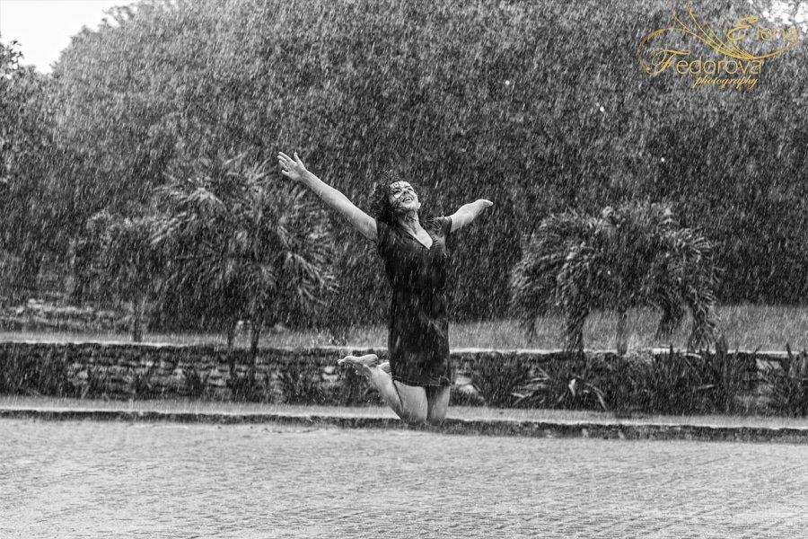 rain girl photo