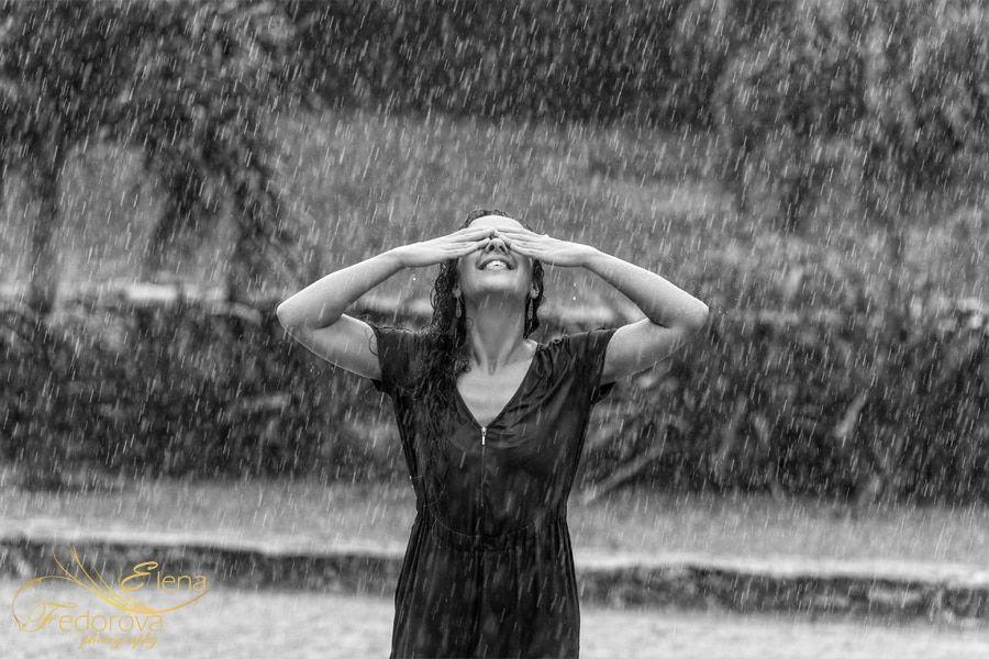 romantic rain photos