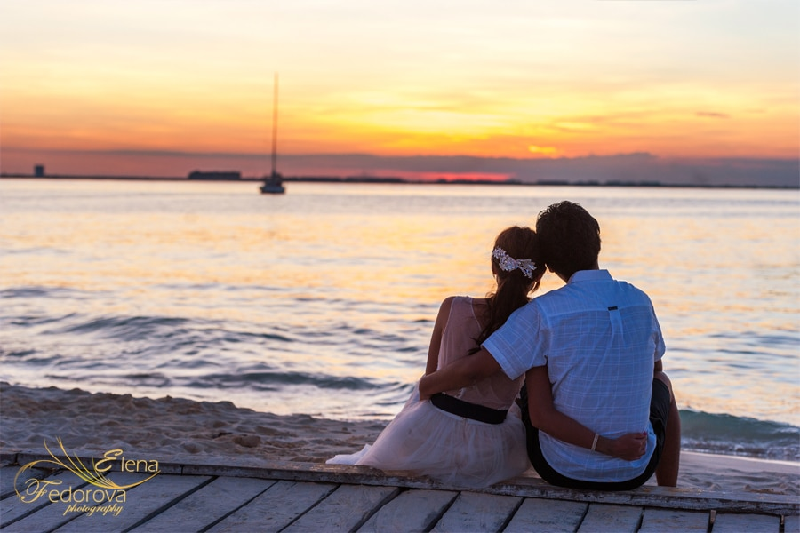romantic sunset photo session