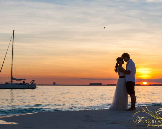 True colors of a magic. Isla Mujeres love story.