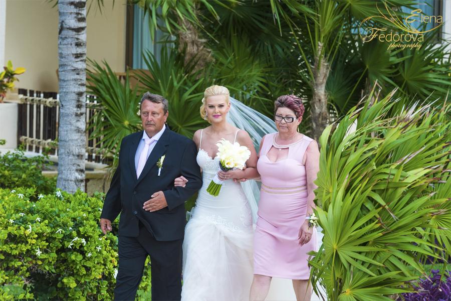 dreams riviera cancun bride