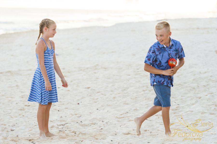 authentic family playa del carmen photographer