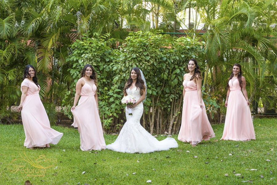 bridal photos riu yucatan