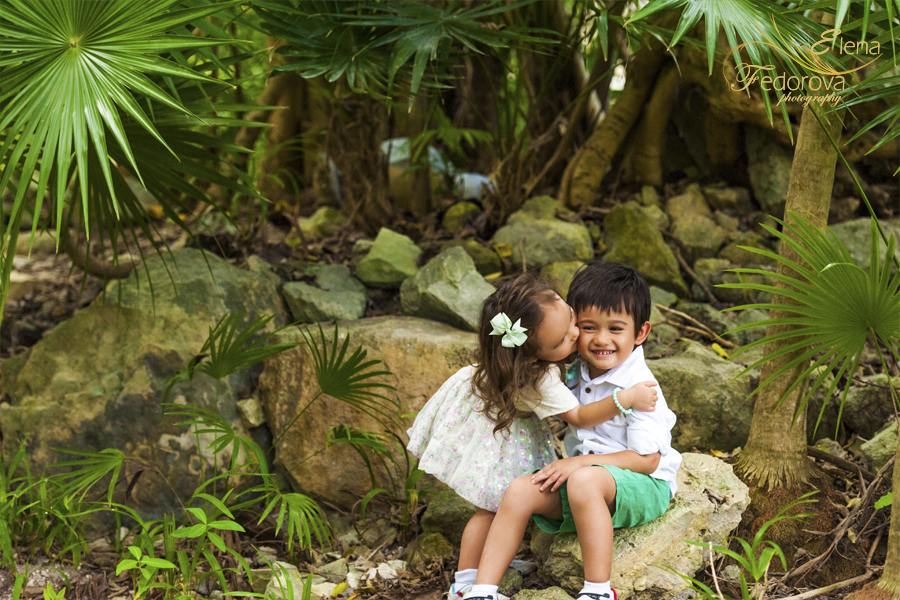 family photographer kids playa del carmen