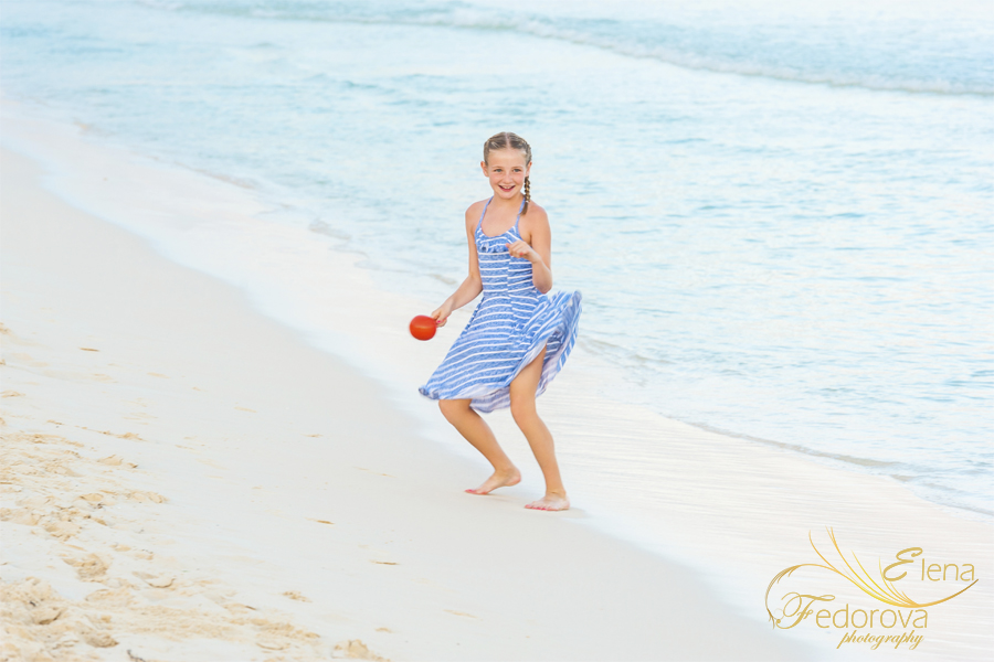 playa del carmen beach family photographer