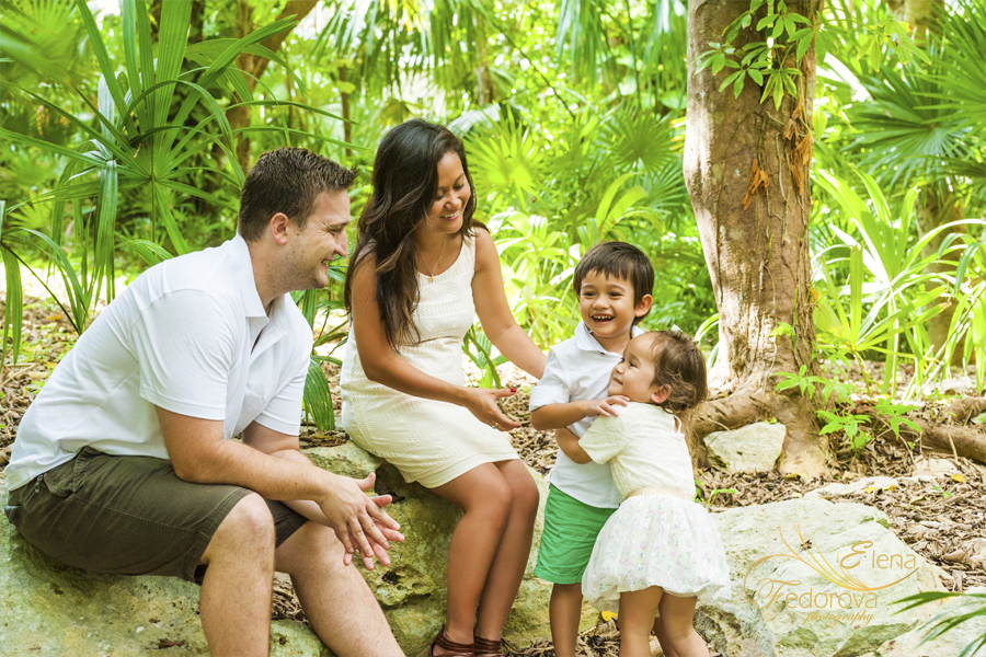 playa del carmen professional photographer family