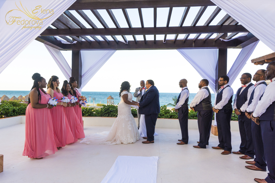 playa mujeres secrets wedding