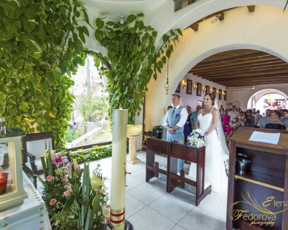 Sandos Playacar wedding and catholic ceremony in Playa del Carmen church.