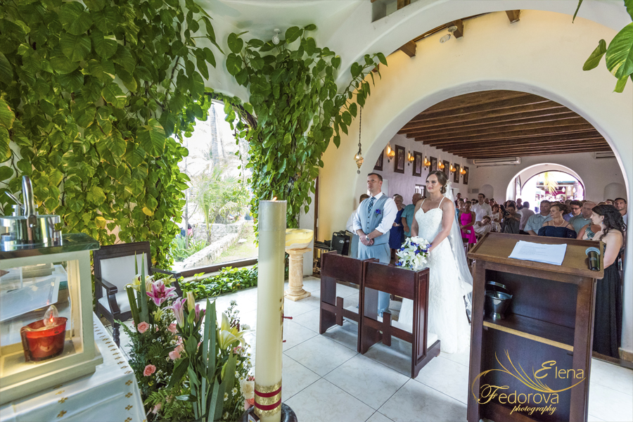 wedding at capilla nuestra senora playa del carmen