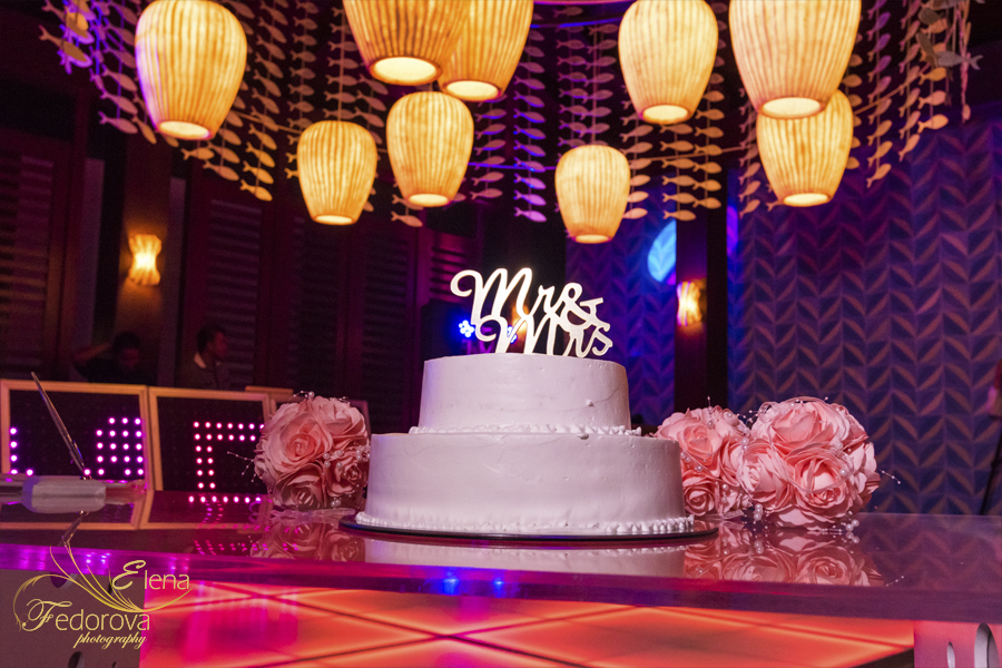 wedding cake secrets playa mujeres resort