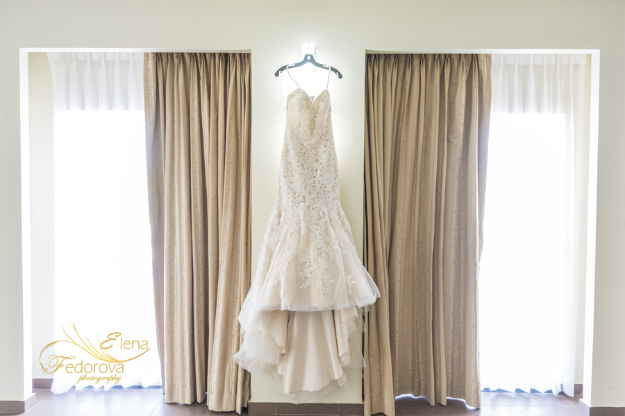 wedding dress riu yucatan