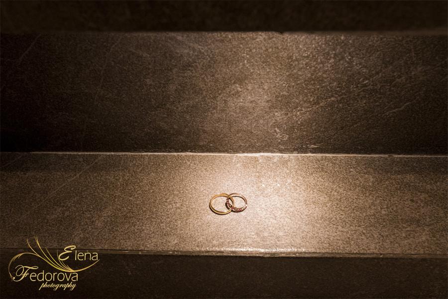 wedding rings at secrets silversand