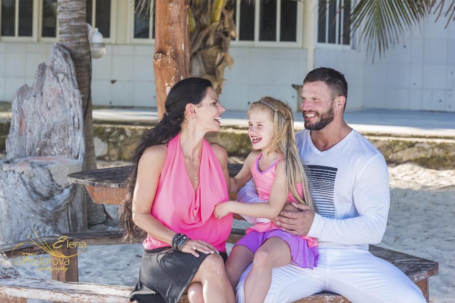 nice family beach photographs