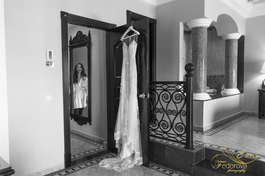 riu palace riviera maya bride dress