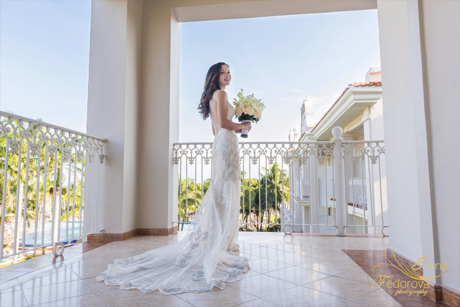 riu palace riviera maya bride photo