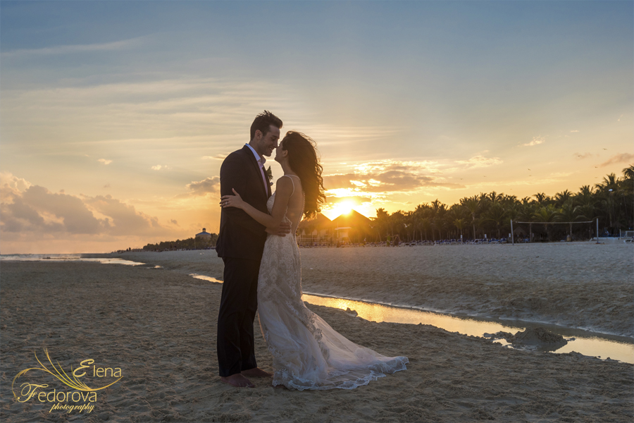 riu palace riviera maya sunset photo wedding
