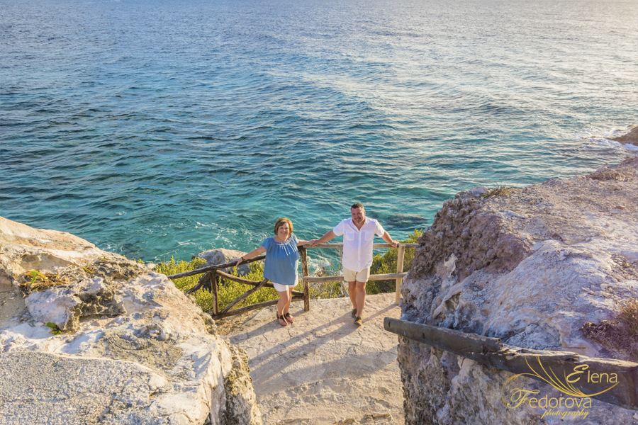 isla mujeres punta sur anniversary photo shoot