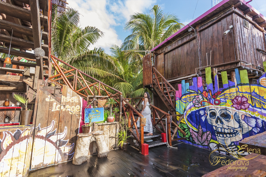 lifestyle photography tulum bar
