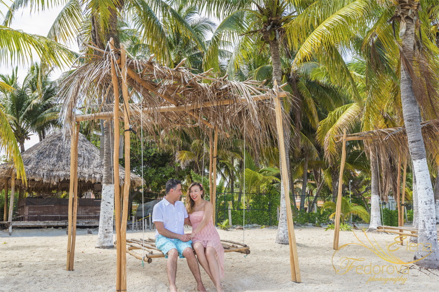 isla mujeres photography for couples