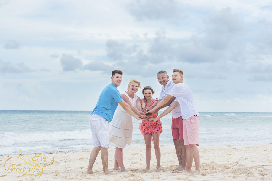 cancun mexico family photo shoot