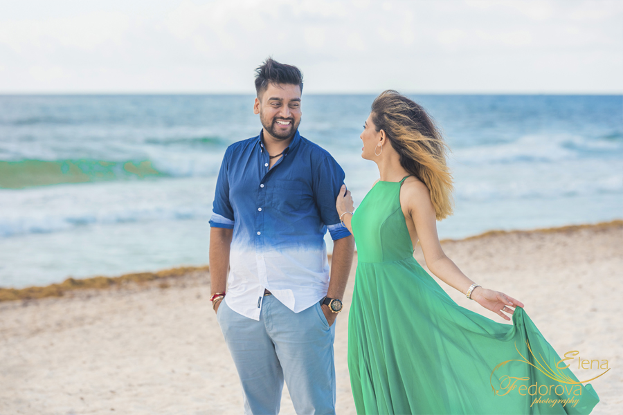 couple on beach photography