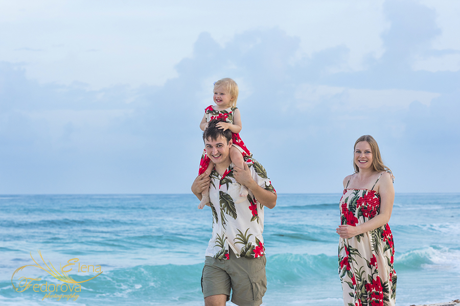 best Cancun family photographer