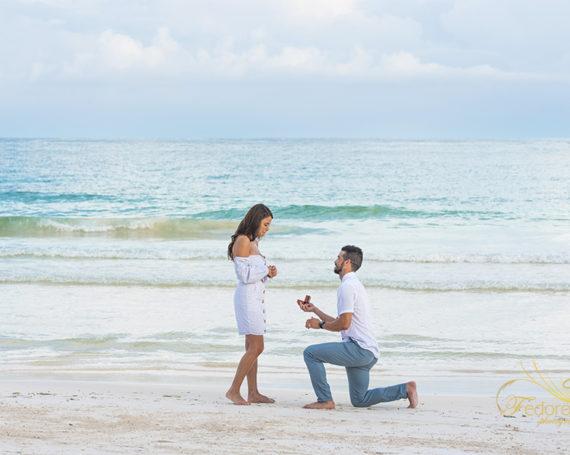A surprise proposal at Mezzanine Tulum.