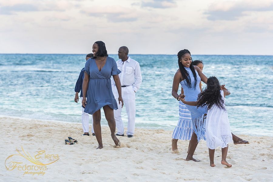 family photographer grand velas photo example