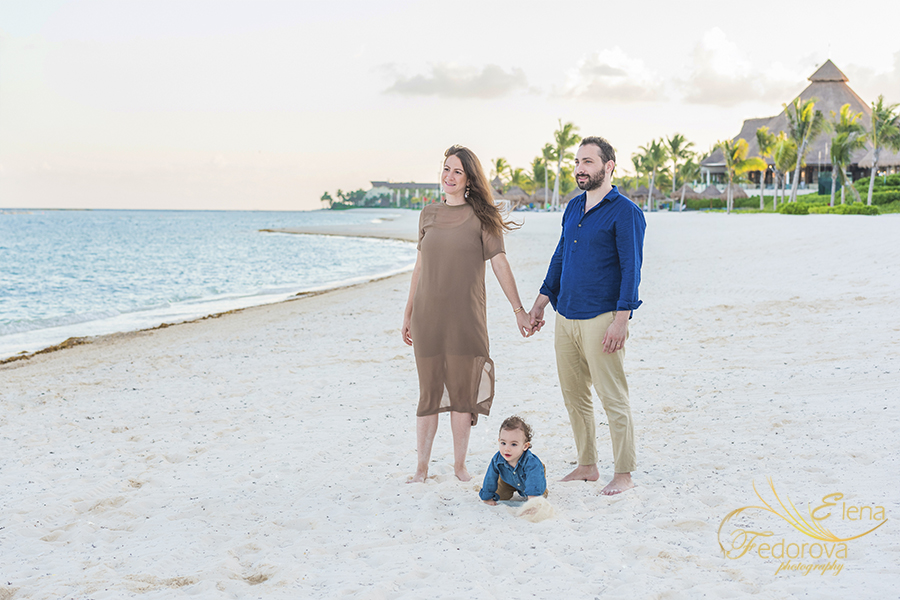 family photography rosewood mayakoba