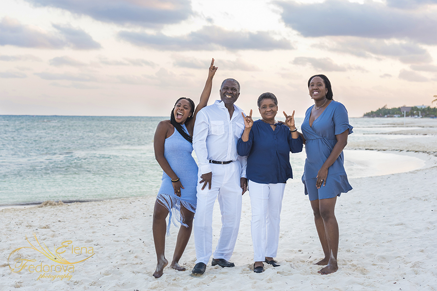 grand velas beach photo session