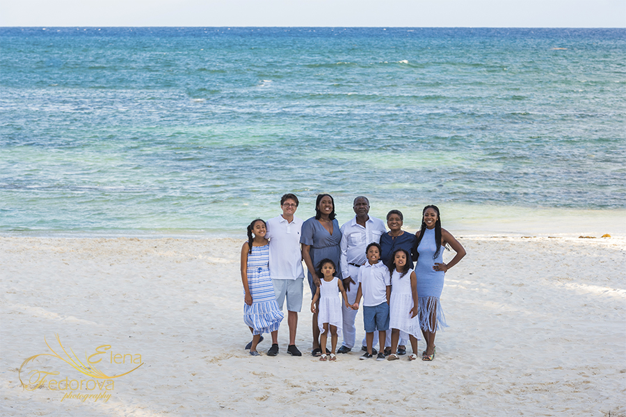 grand velas family photography