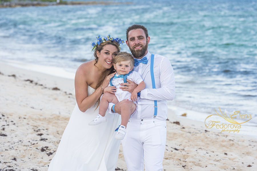 beach club blue venado wedding couple