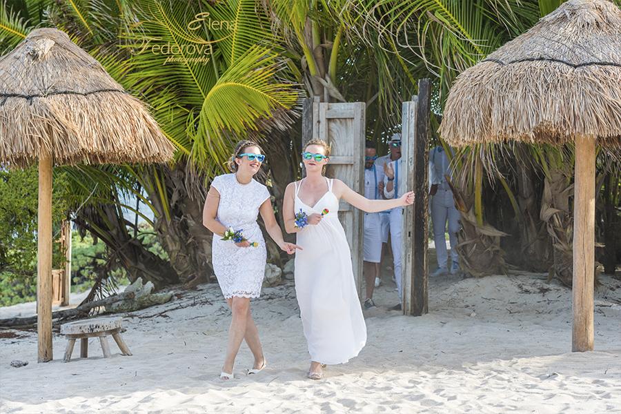 wedding entrance venado beach club